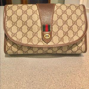 GUCCI Vintage Round Flap GG Clutch Bag
